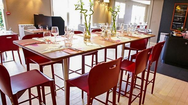 Campanile Aix-les-Bains Salle du restaurant