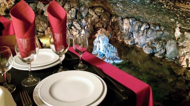 Gruta do Paraíso Sala do restaurante