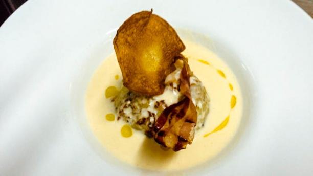 Osteria al Vintun Tortino do Patate e Funghi con colata di Brie e Pancetta croccante