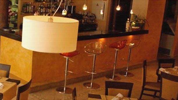 Sal de Cocó by Marta Roselló Vista de la barra y las mesas