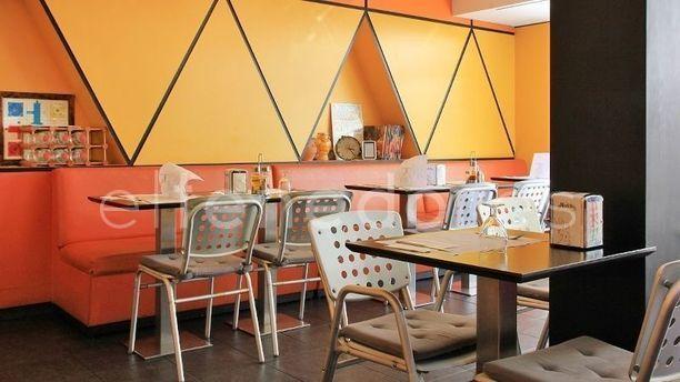 Calanda Sala amarilla y naranja