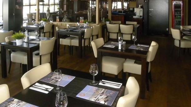 Yacht Club Lelystad Haven Het restaurant