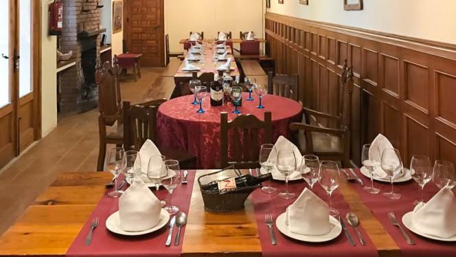Salón principal - Bodega Restaurante Narciso, Colmenar De Oreja
