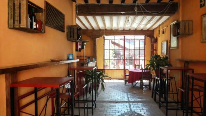 Sala - Bodega Restaurante Narciso, Colmenar De Oreja