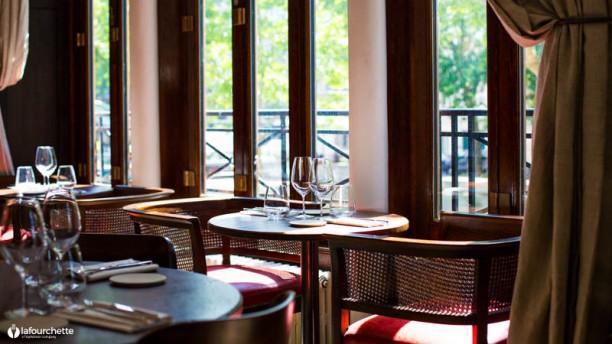 Nola Restaurant In Paris Restaurant Reviews Menu And