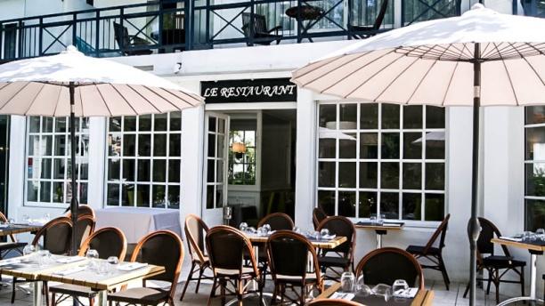 Le Restaurant de la Mascotte Vue devanture