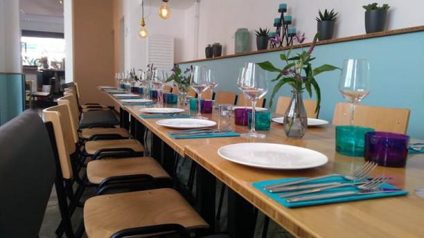 By Roots Het restaurant