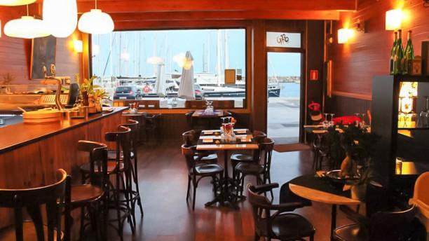 Offu Sushi Bar Vista sala