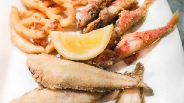 Casa Lazo Pescadito frito de la zona