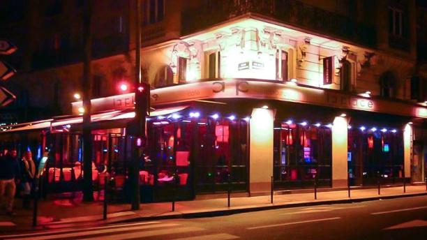 La Place Café vue de l'exterieur