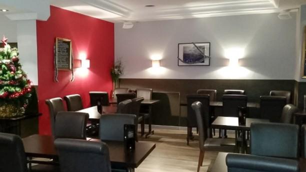 Le Chateaudun Salle du restaurant