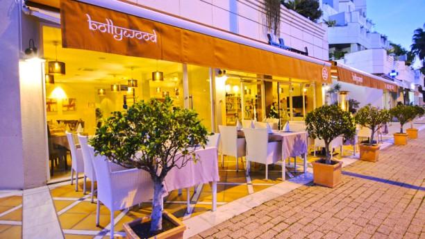 Bollywood Indian Restaurant Terraza
