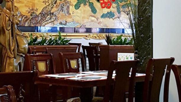 restaurante le palais royal en lille men opiniones precios y reserva. Black Bedroom Furniture Sets. Home Design Ideas