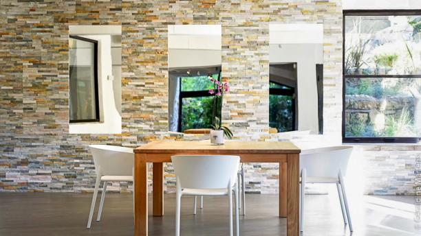 Le moulin de mougins restaurant 1028 avenue de notre for Le jardin mougins restaurant