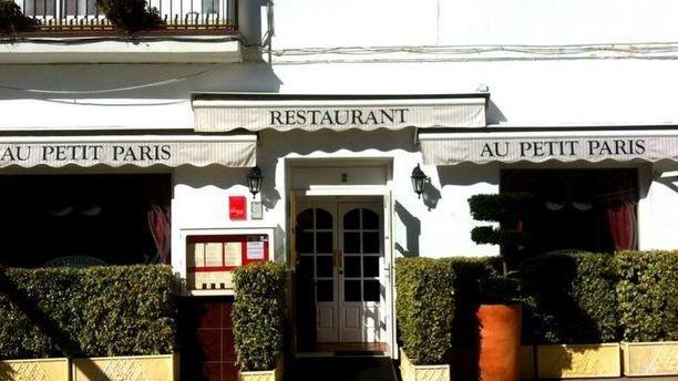 Au Petit Paris Au Petit París