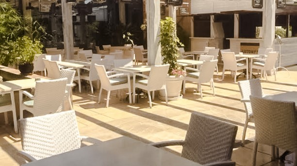 Antonys Vista terraza