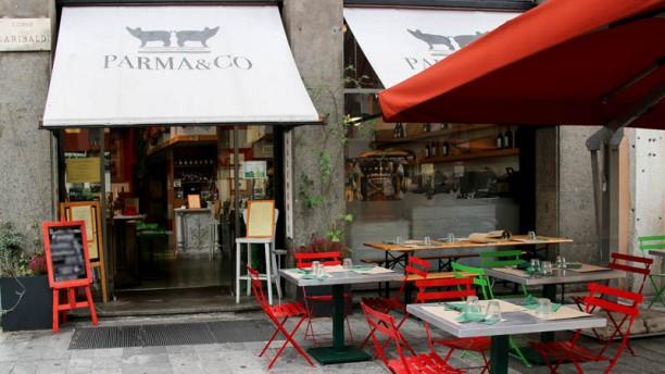 Parma & Co esterno