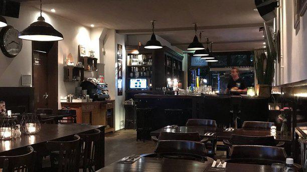 No. 100 Restaurant