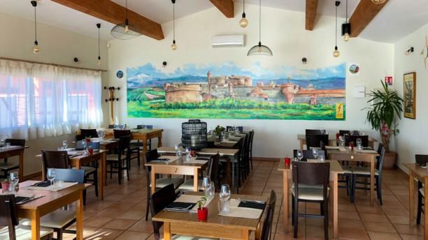 Restaurant Pizzeria du Fort de Salses Vue de l'intérieur