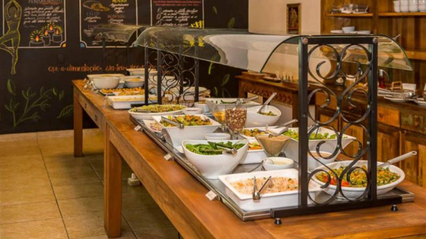 Casa Prema Buffet de salada e pratos quentes
