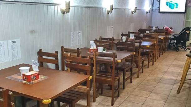 El Rincón del Tapeo Sala del restaurante