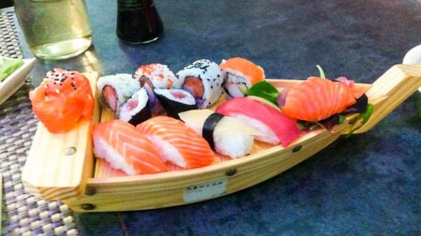Nuova Asia Barca di sushi