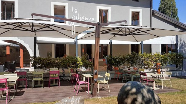 Café Julienne Extérieur