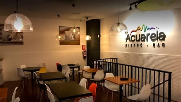 Acuarela Bistró Sala del restaurante