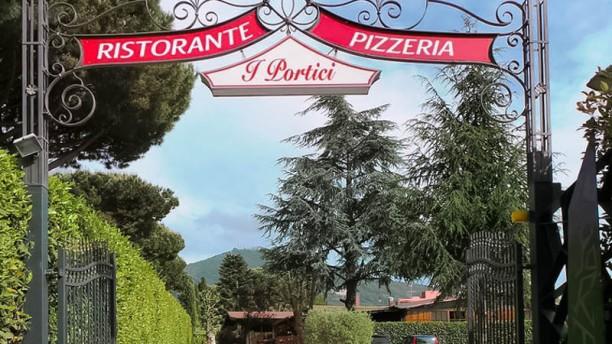 """Ristorante e Pizzeria """" I Portici """" entrata"""
