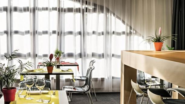 L'instant Hotel Ibis Style vue de la salle