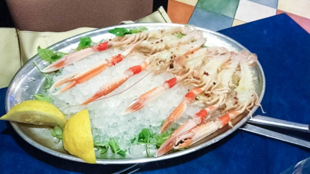 La Corte del Mare piatto di pesce con ghiaccio