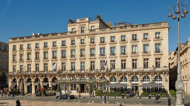 L'Orangerie - Le Grand Hotel - Gordon Ramsay facade