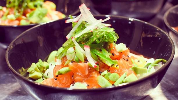 ORIS Restaurant Poke Bowl de Salmón