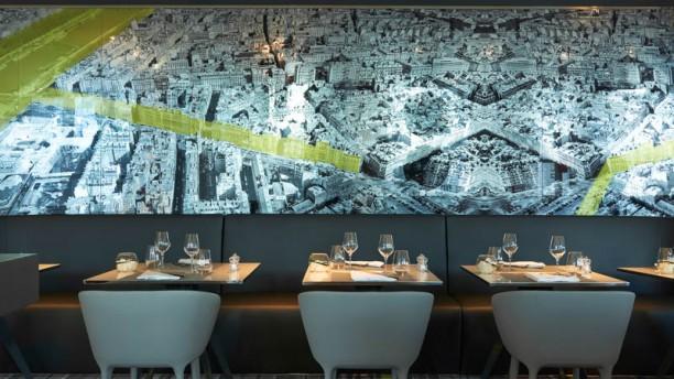 Restaurante le miroir h tel meli par s la d fense en for Le miroir restaurant