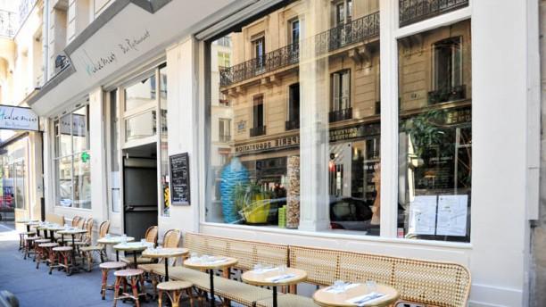 Habemus Bar Restaurant & Brunch Terrasse