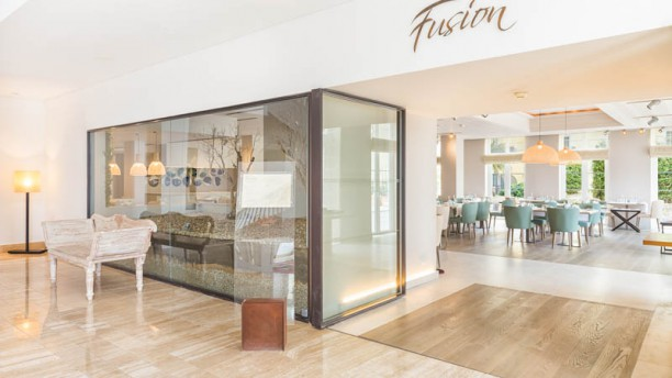 Fusion - The Lake Spa Resort Sala