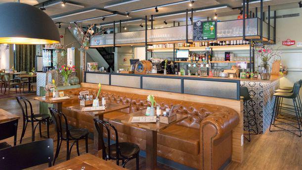 Grand café Plein 7 Interieur