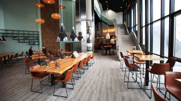 Grand café La Guardia Restaurant