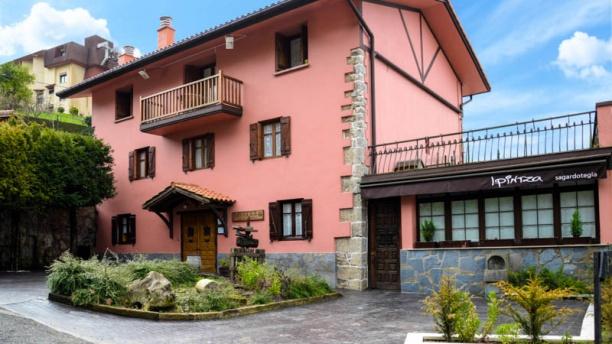 Ipintza Sagardotegia Vista entrada