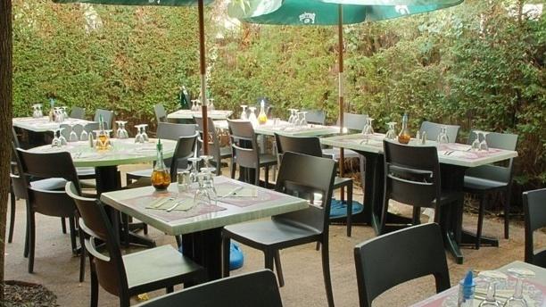 Pizzeria du Vaudeville Zoom sur la terrasse