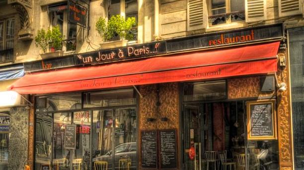 Un Jour à Paris Devanture