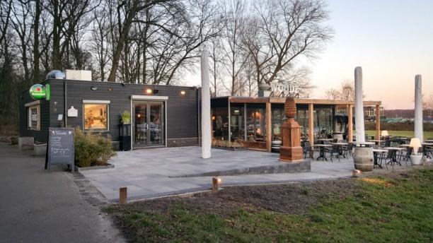 Brasserie Woodz terras