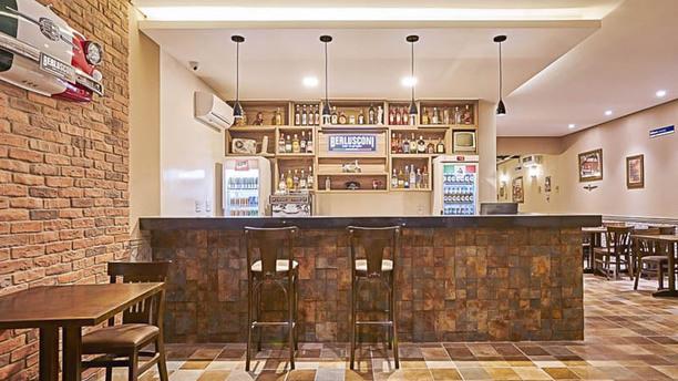 Berlusconi Bar e Griglia Vista da sala