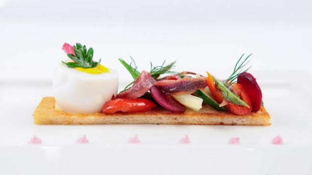 Gourmandine Oeuf , anchois et légumes