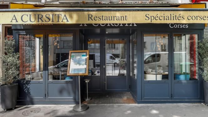 Devanture - A Cursita, Paris