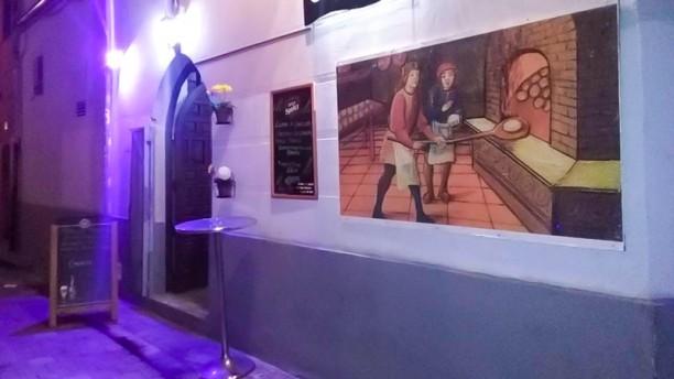 El Forn del Carmen Entrada