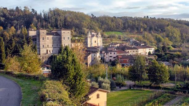 Castello di Pontebosio Luxury Resort Panorama del Castello di Pontebosio