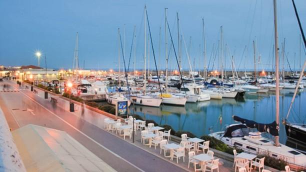 I Mercanti del Gusto vista-porto-terrazza