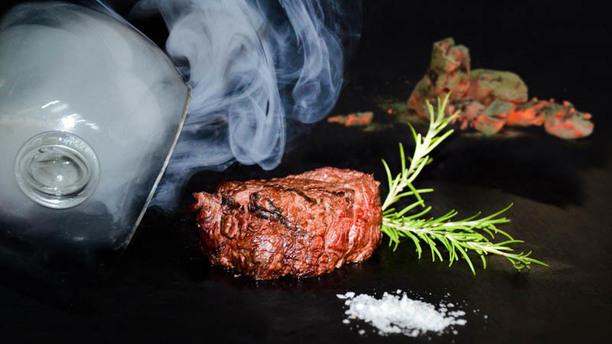 Carnivor by Valentí Solomillo ahumado al aroma de Romero