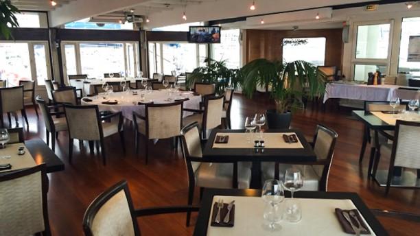 O'2 Pointus - Restaurant du CNTL Vue de la salle